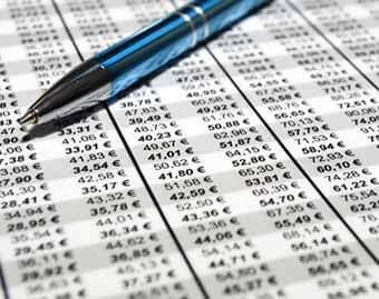 Lohnsteuertabelle 2017, Download Lohnsteuertabellen 2017, Download allgemeine Lohnsteuertabelle 2017 - Aktuelles: Der Grundfreibetrag, Entlastungsbetrag für Alleinerziehende, Vorsorgepauschale, Grenzwerte des progressiven Steuertarifs - PAP Programmablaufplan des BMF - Unterschiede zwischen maschineller Berechnung und Tabelle - Besondere Lohnsteuertabelle 2017 mit gekürzterVorsorgepauschale fürBeamte, Berufssoldaten, Rentner , Richter, Vorstand, Geschäftsführer und nicht sozialversicherungspflichtige Arbeitnehmer, die keine Beiträge in die gesetzliche Rentenversicherung zahlen – Kostenloser Download als PDF-Datei – Kirchensteuer 8% und 9% – Von 0 EUR bis 12.000 EUR – Bis zu 4 Kinderfreibeträge, Tabelle Lohnsteuer Monat